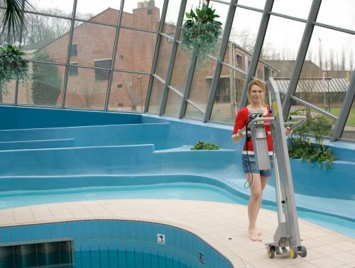... Poollift_02 2011_13 ...