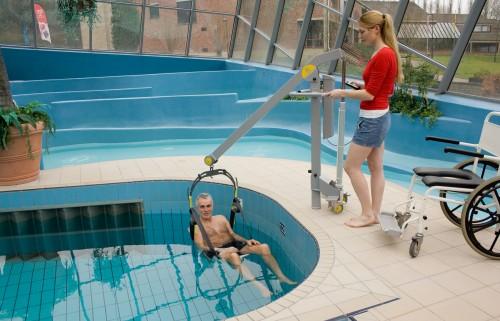 Lovely ... Poollift_02 2011_56 ...